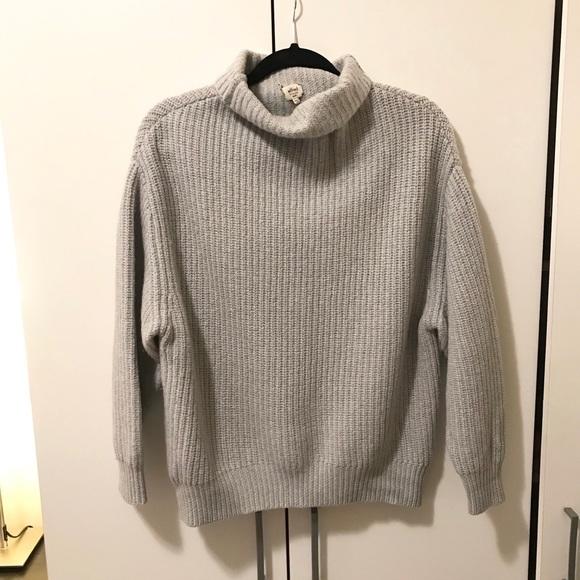 Turtleneck knit sweater from Aritzia